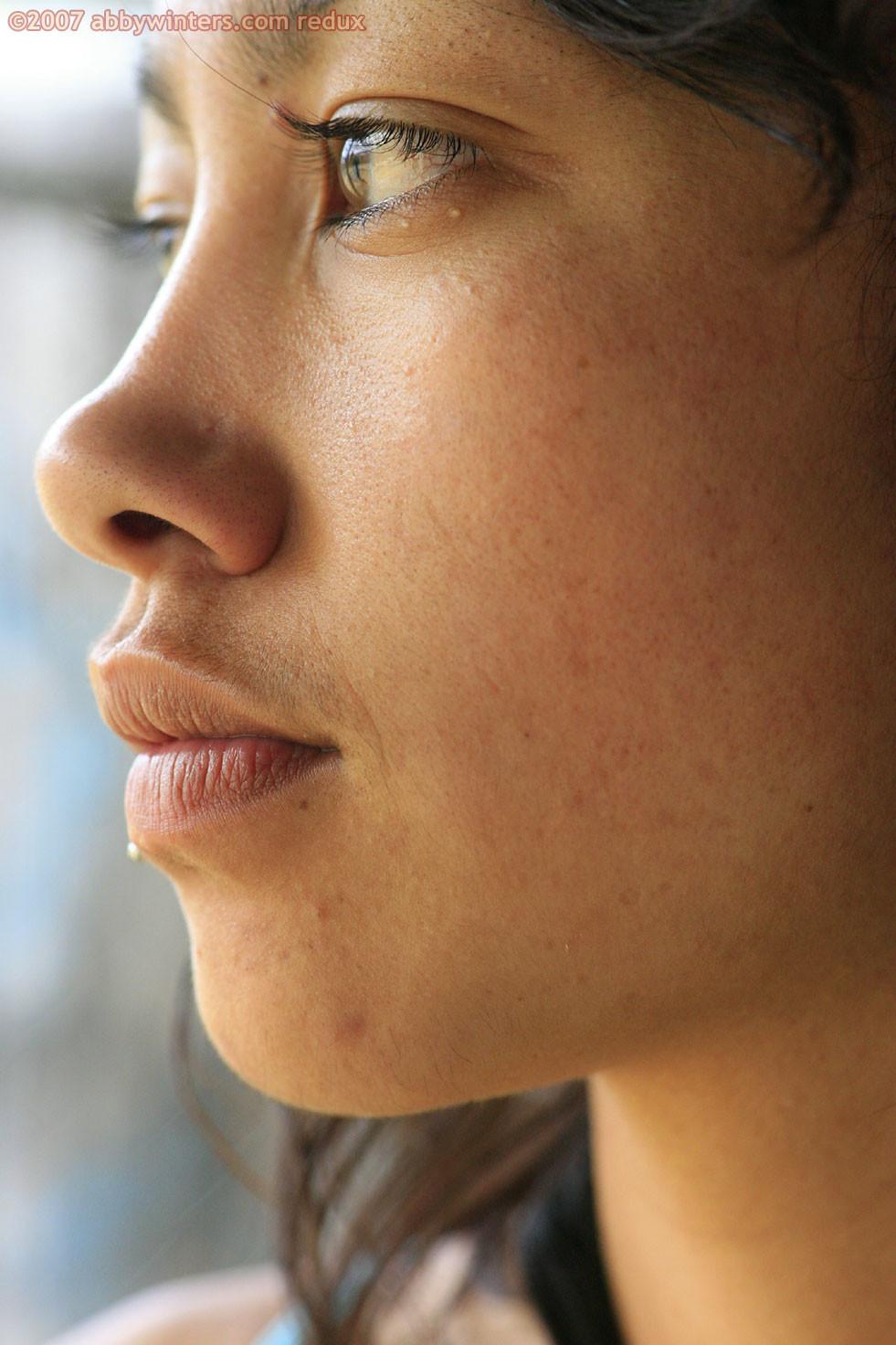 Крошечная грудь и лохматая киска девушки из Новой Зеландии