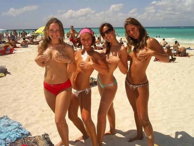 Фигуристые нудистки на пляжах интим фото