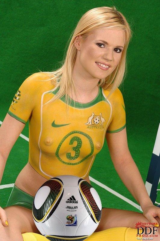 Футбольная мадам